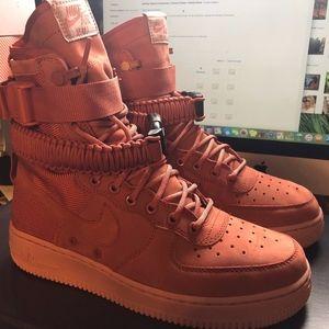 Nike W SF AF1 Air Force 1